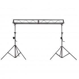 Set due stativi con alzata ad argano e truss da 3 metri